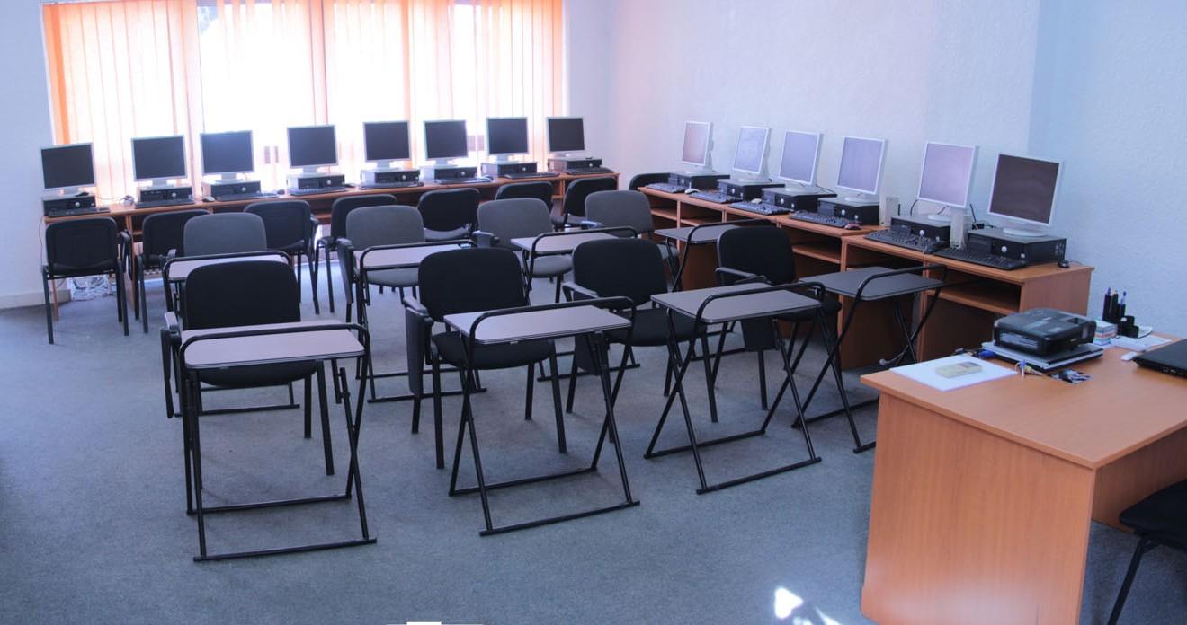sala curs calculatoare 3